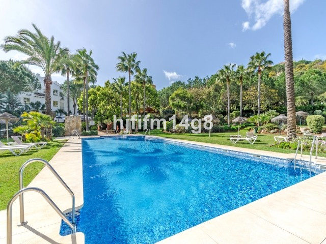 Stunning two bedroom apartment for sale in a secure and tranquil residential complex just a short dr, Spain