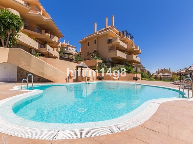 Brand new 2bedroom apartment located in the complex Aloha Hill Club. The apartment offers 2 bedrooms,Spain