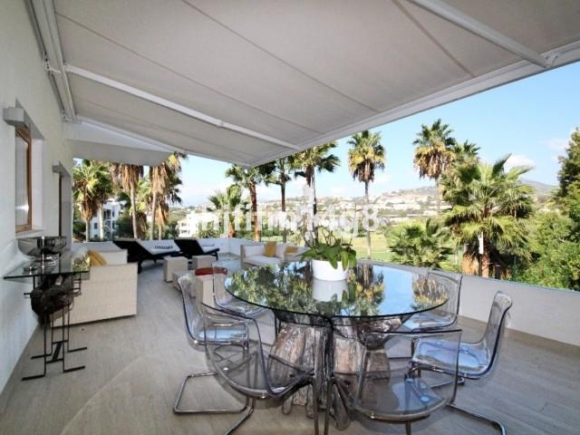 Apartamento Planta Media en Venta en Nueva Andalucía – R3121927