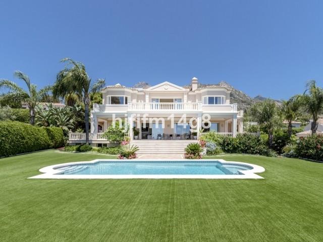 Marbella Banus Villa – Chalet en venta en The Golden Mile – R3475354