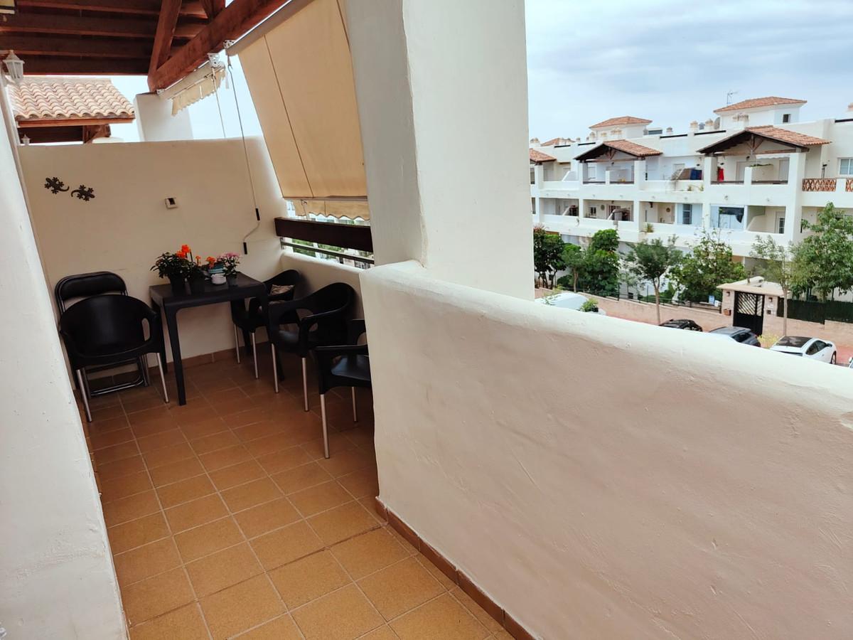 Top Floor Apartment, Benalmadena Costa, Costa del Sol. 2 Bedrooms, 2 Bathrooms, Built 75 m².  Settin,Spain