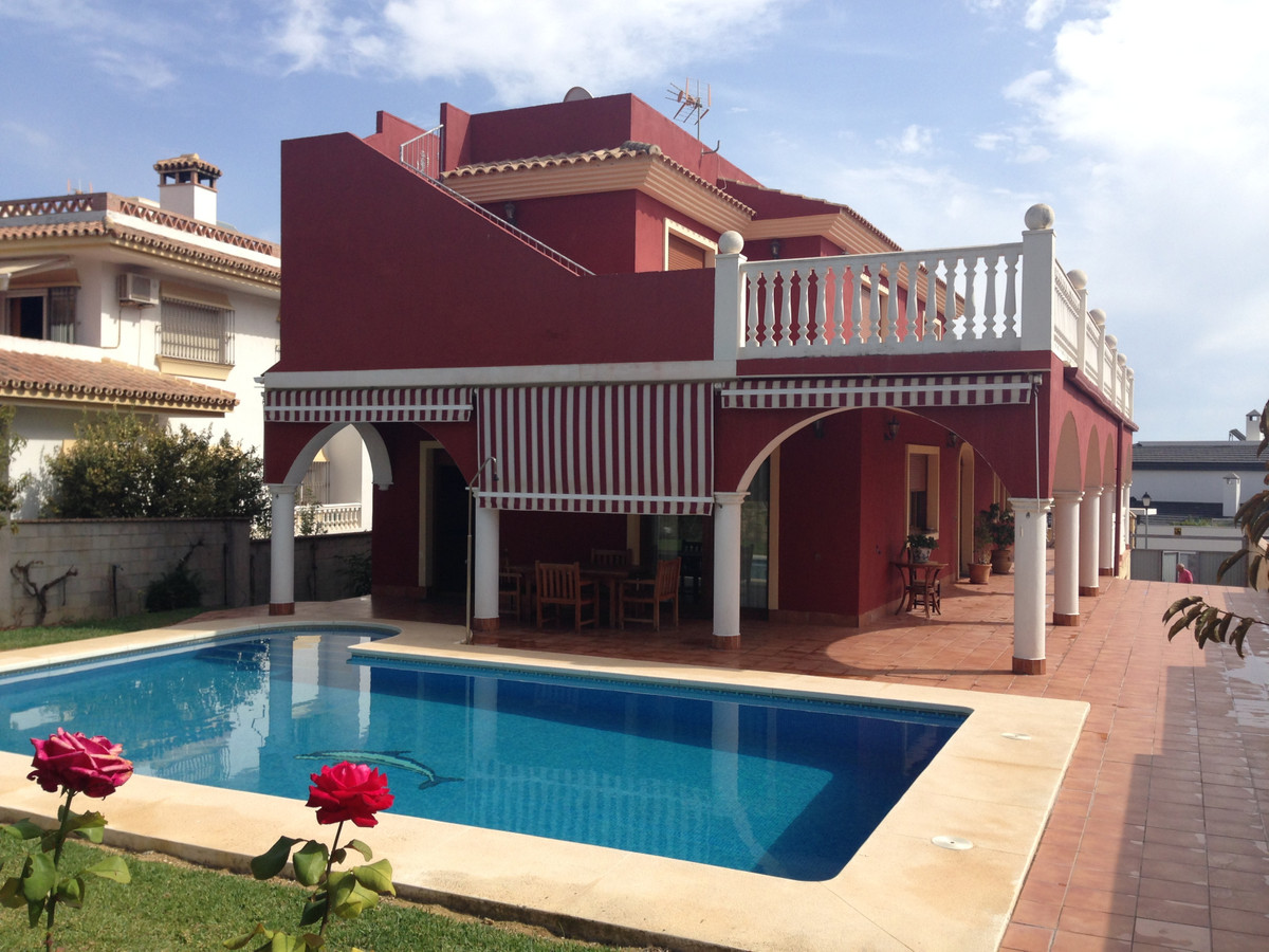 Fantastic detached villa in urb. La Sierrezuela, a few minutes from shops, schools, nursery, pharmac, Spain