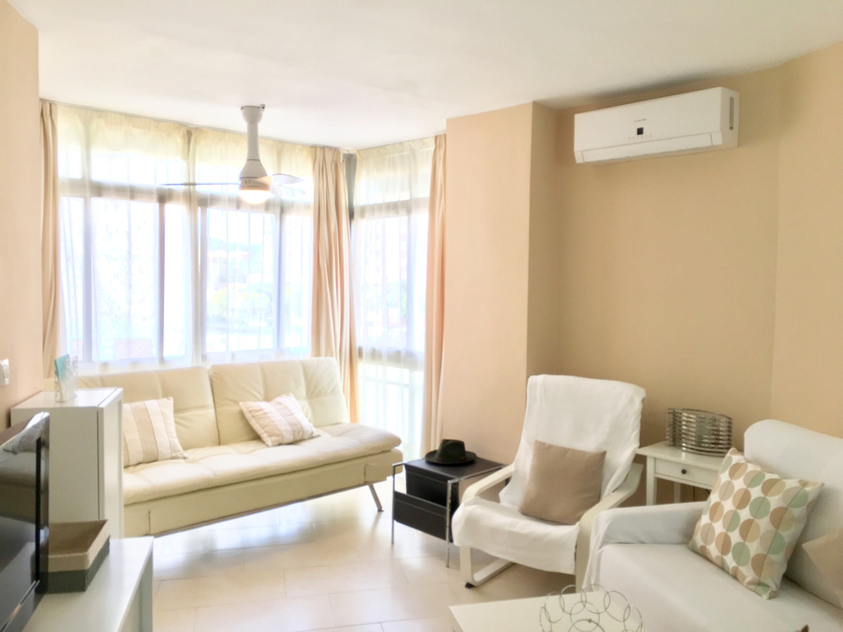 BEAUTIFUL APARTMENT IN THE CENTER OF FUENGIROLA!  This beautiful 45 m2 apartment has been recently r,Spain