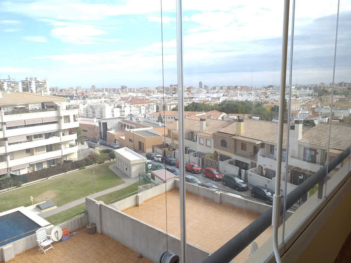 Middle Floor Apartment, Las Lagunas, Costa del Sol. 2 Bedrooms, 2 Bathrooms, Built 65 m², Terrace 14, Spain