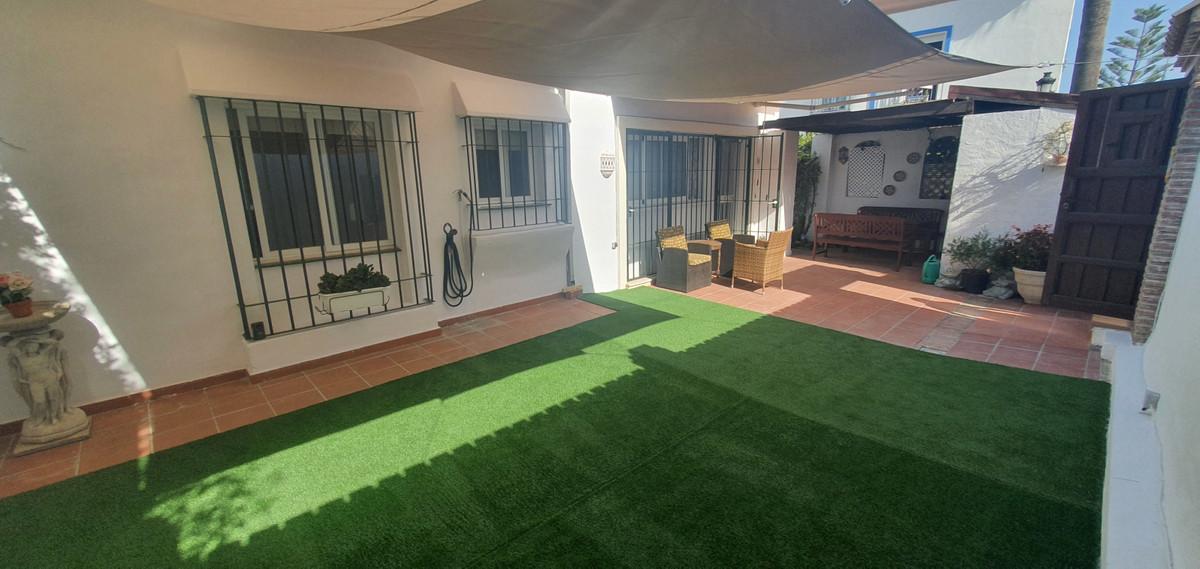 House en Benamara R3676790 2