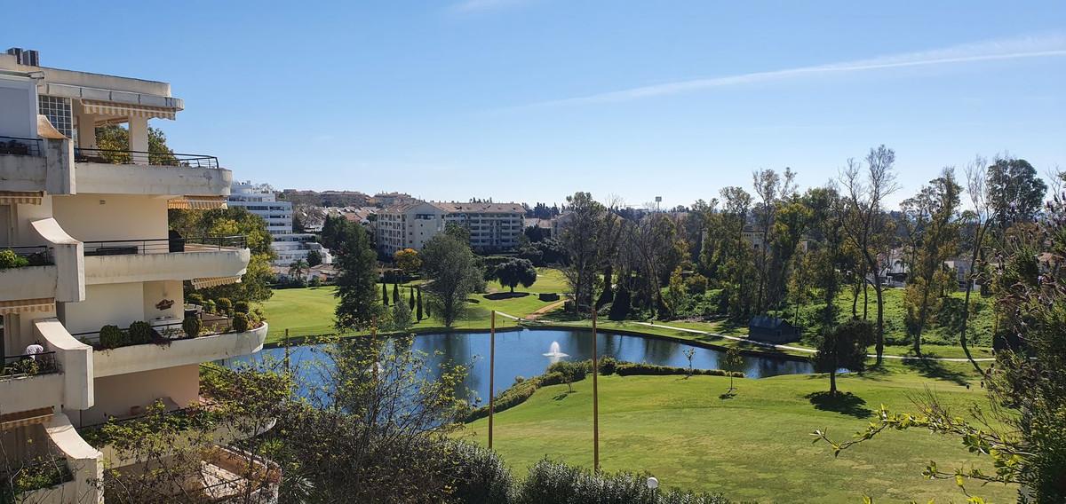 Marbella Banus Apartamento en Venta en Guadalmina Alta – R3811768