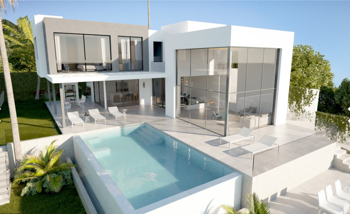 SPECTACULAR VILLA WITH PRIVATE POOL AND LARGE TERRACE This Villa is located in the area of Retamar i,Spain