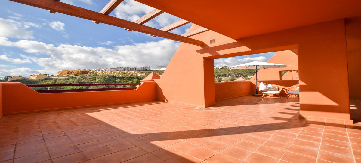 PRICE REDUCED! Exclusive listing! This elevated ground floor apartment is in excellent condition! 3 ,Spain