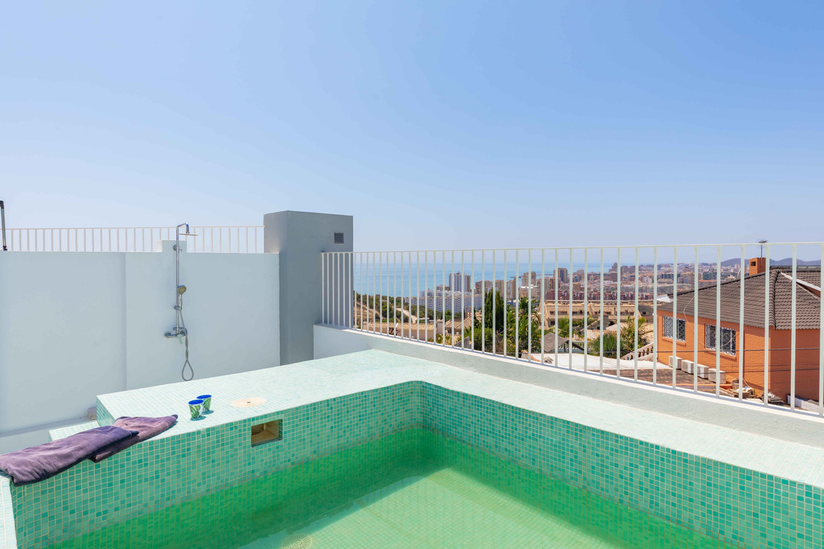 Welcome to this modern, gated, and small urbanization with only 5 townhouses on the top of a hill wi,Spain