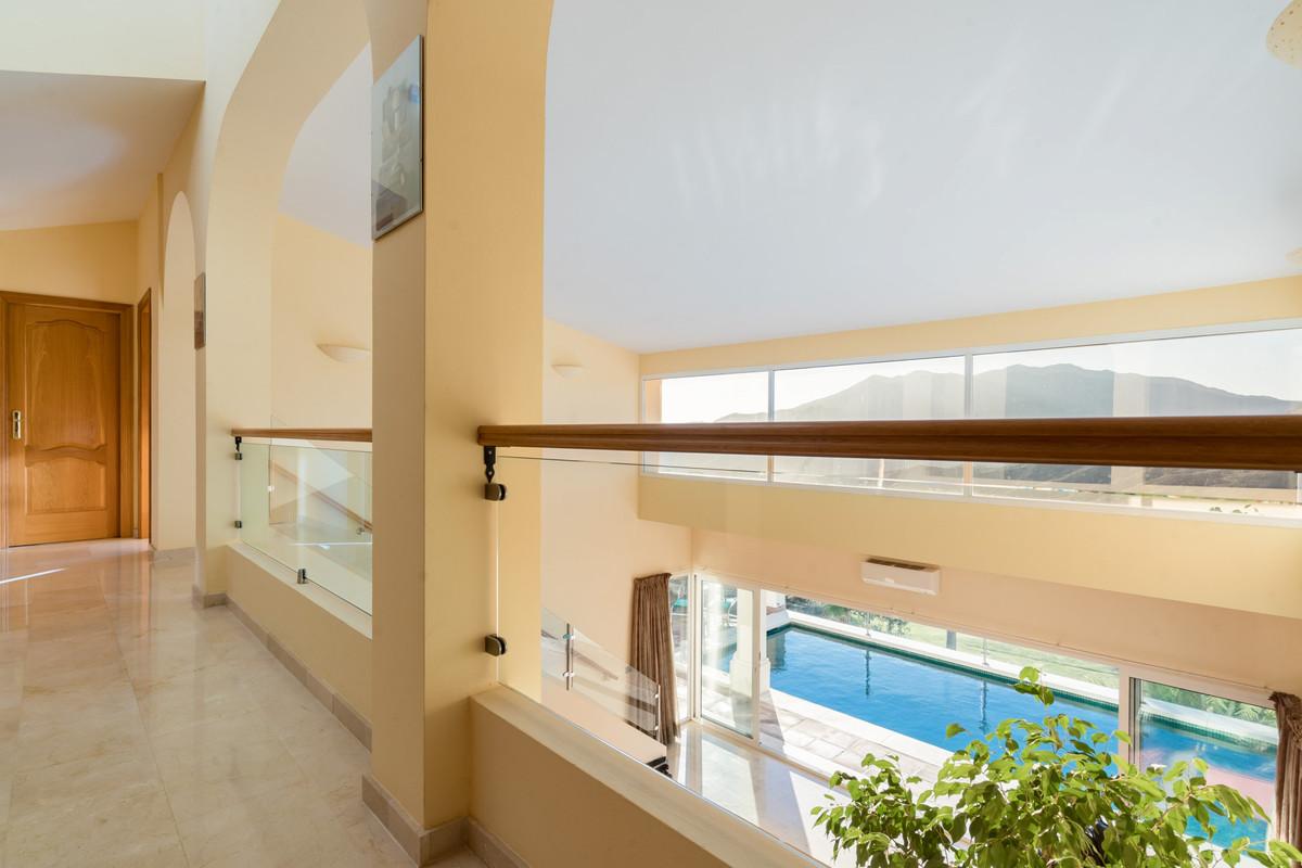 House en Alhaurin Golf R3784765 20