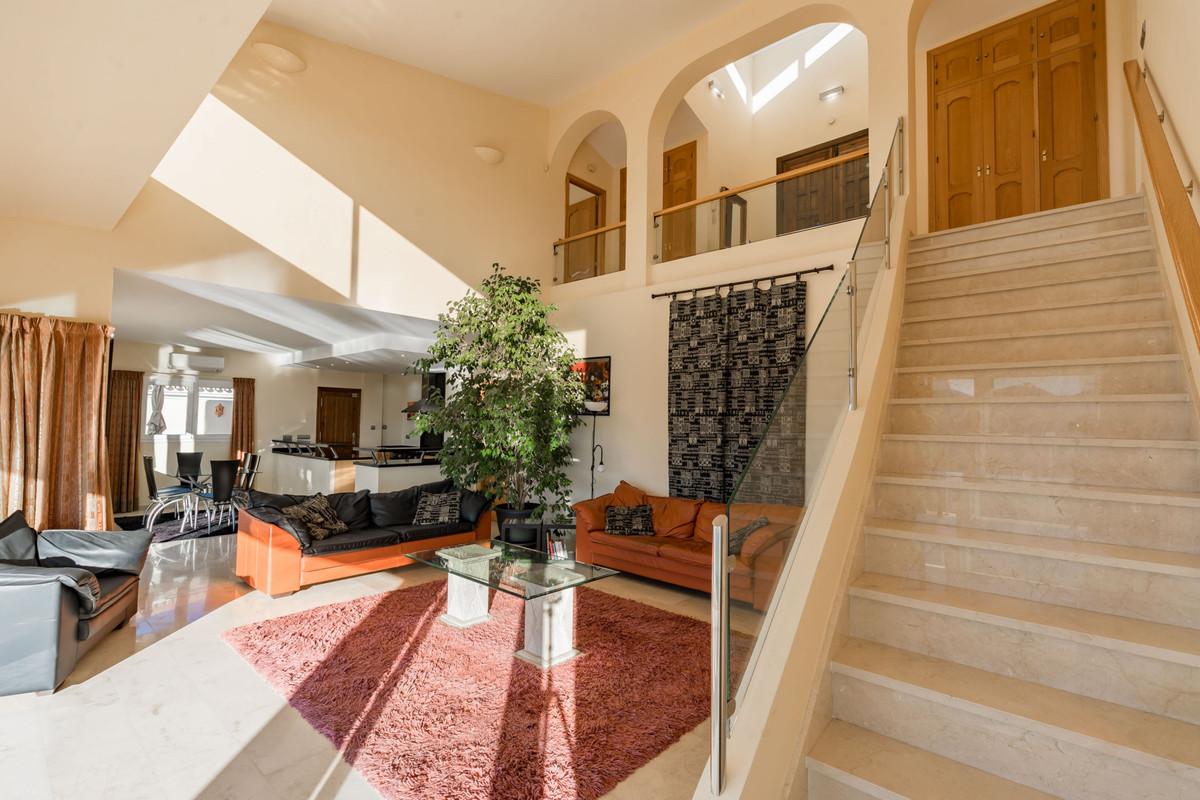 House en Alhaurin Golf R3784765 4
