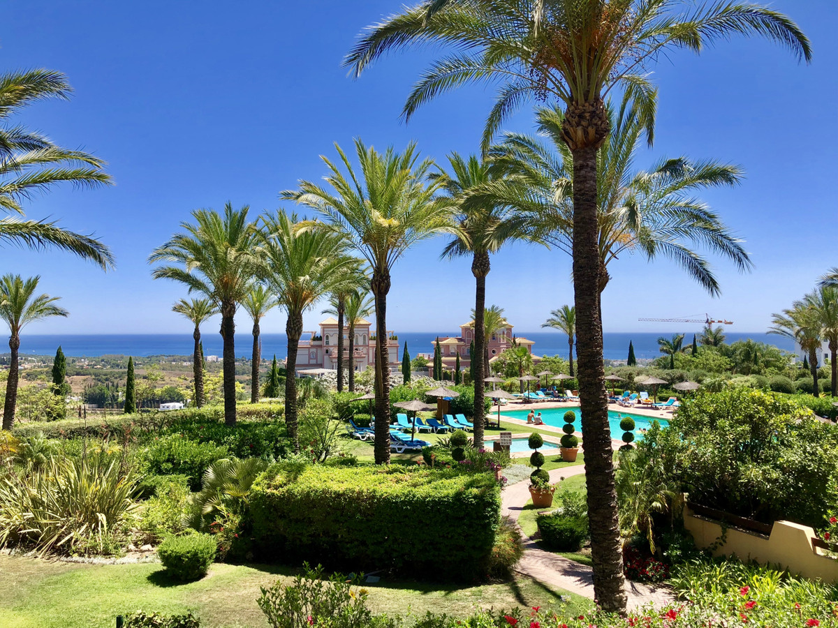 Apartment  Middle Floor for sale   in Los Flamingos