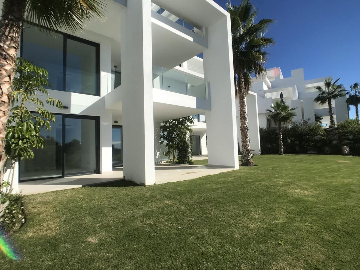Marbella Banus Apartamento Planta Baja en Venta en Benahavís – R3325207