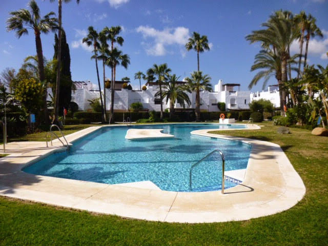 Beautiful 3 bed townhouse in the highly regarded Guadalvillas development. Recently renovated with t,Spain