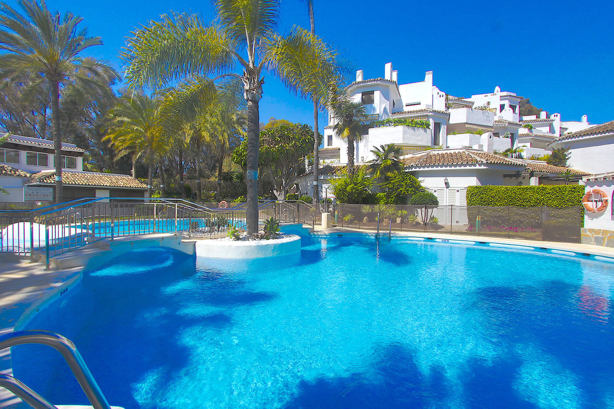 Amazing beachfront Family apartment in one of the best beaches east Marbella the famous golden beach, Spain