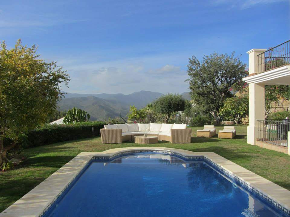 This contemporary luxury villa is being very well looked after by its current owners and when visite, Spain