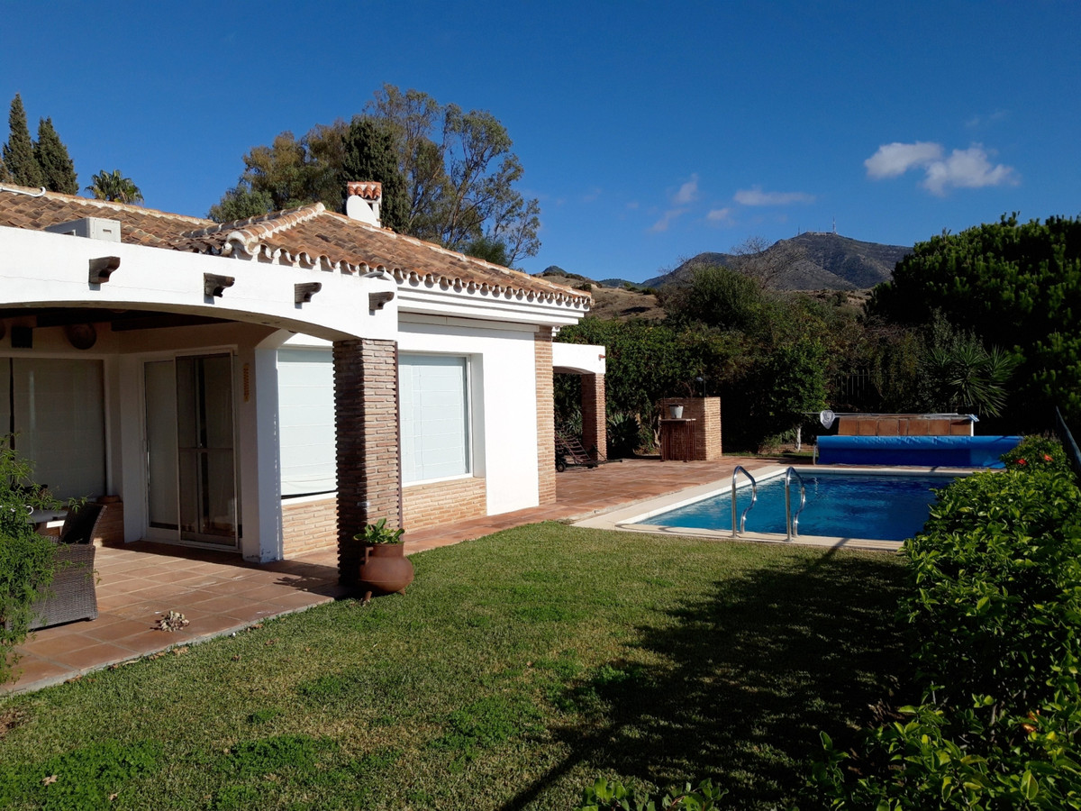 House in Mijas R3553555 9