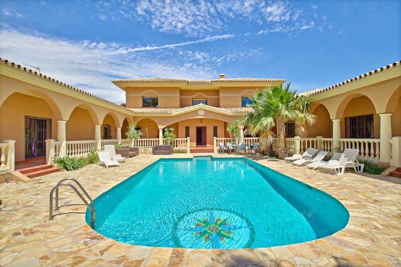 Impressive 6 bed villa in Alhaurin de la Torre, Malaga, Costa del Sol  A substantial detached 6 bed., Spain
