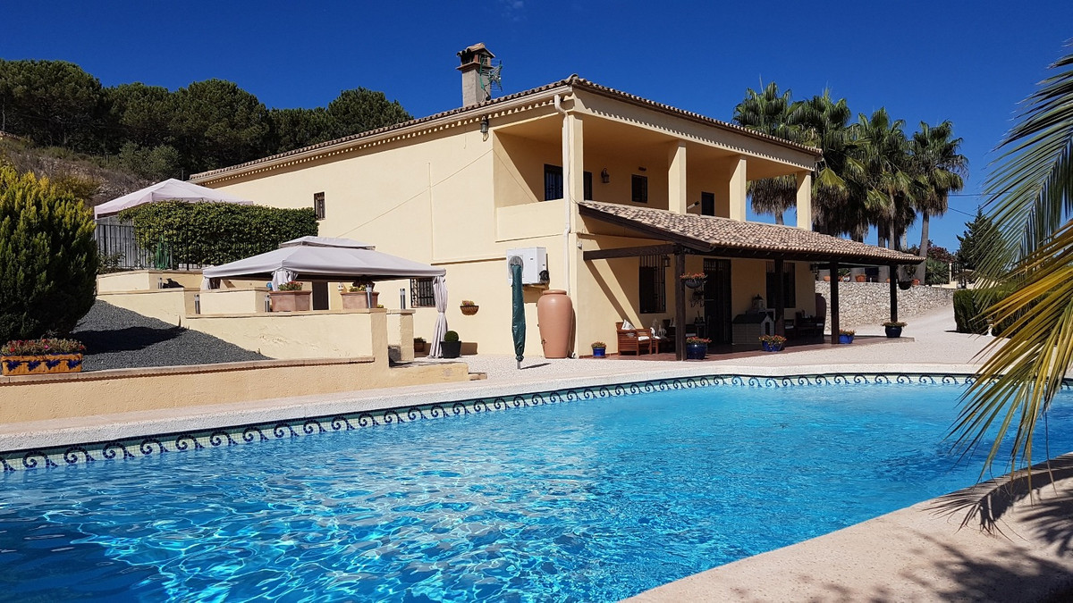 Beautiful, perfectly maintained villa of 396m2 build on a fenced and gated plot of 4879m2.  Good acc, Spain