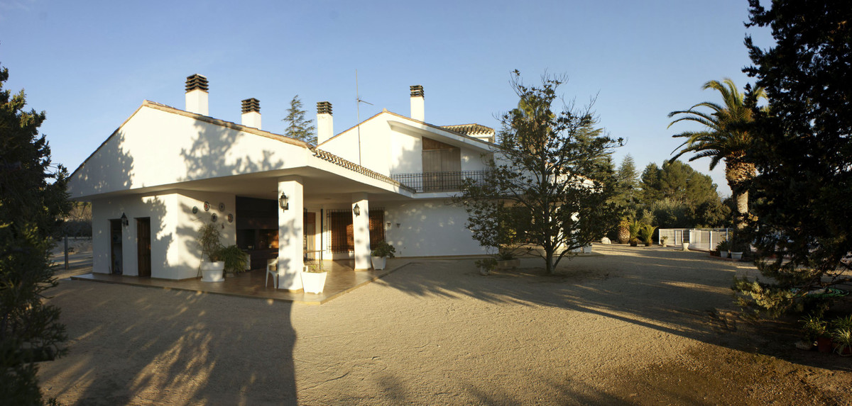 Beautiful, spacious and very well maintained villa on a very quiet and private location. With it&apo, Spain