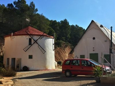 Welcome to this different kind of property than what we normally offer.  This is a perfect opportuni, Spain