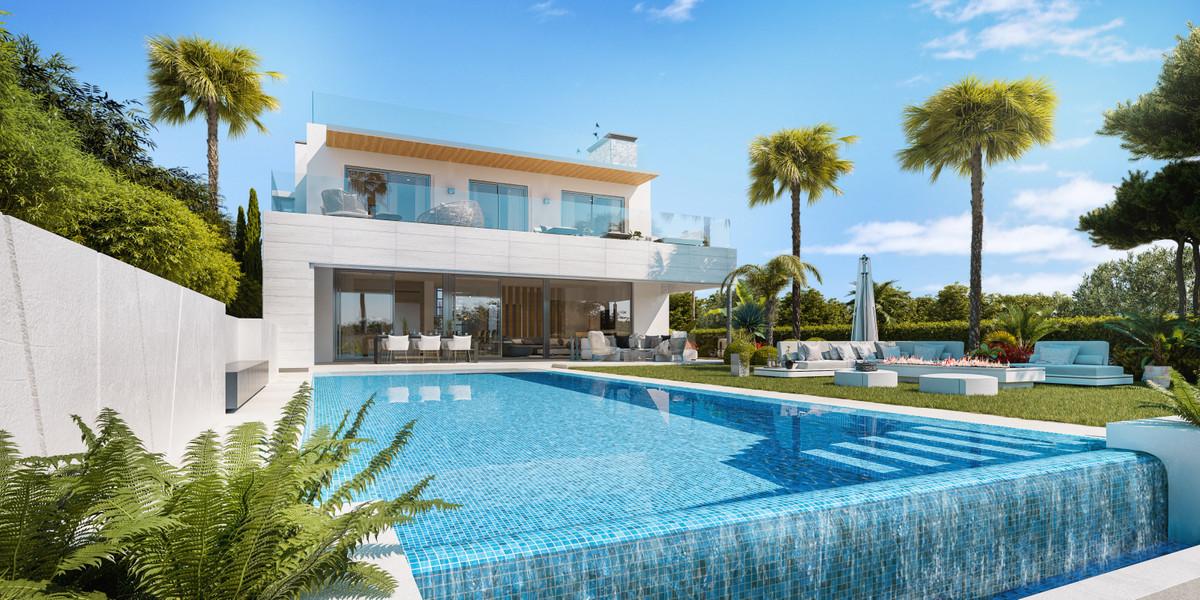 Detached Villa for sale in Nueva Andalucía R3393238