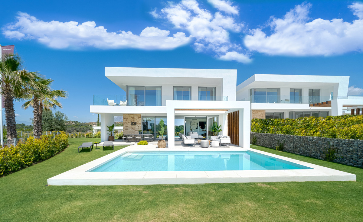New Development: Prices from € 1,200,000 to € 2,200,000. [Beds: 3 - 5] [Baths: 3 - 4] [Bui,Spain