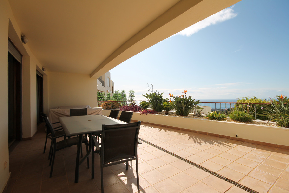 Spectacular apartment with panoramic views of the sea, Gibraltar and Africa, facing southwest. The  ,Spain