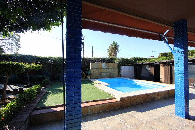 Charming Villa, fully renovated, in Montemar Just 5 minutes walking to the beach!!  This property is, Spain