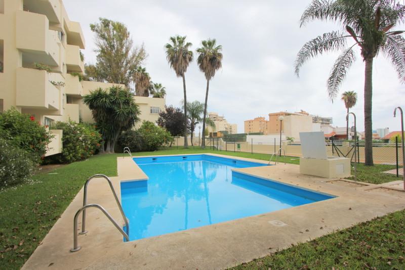 Marbella Banus Apartamento Planta Baja a la venta, Torremolinos – R3546715