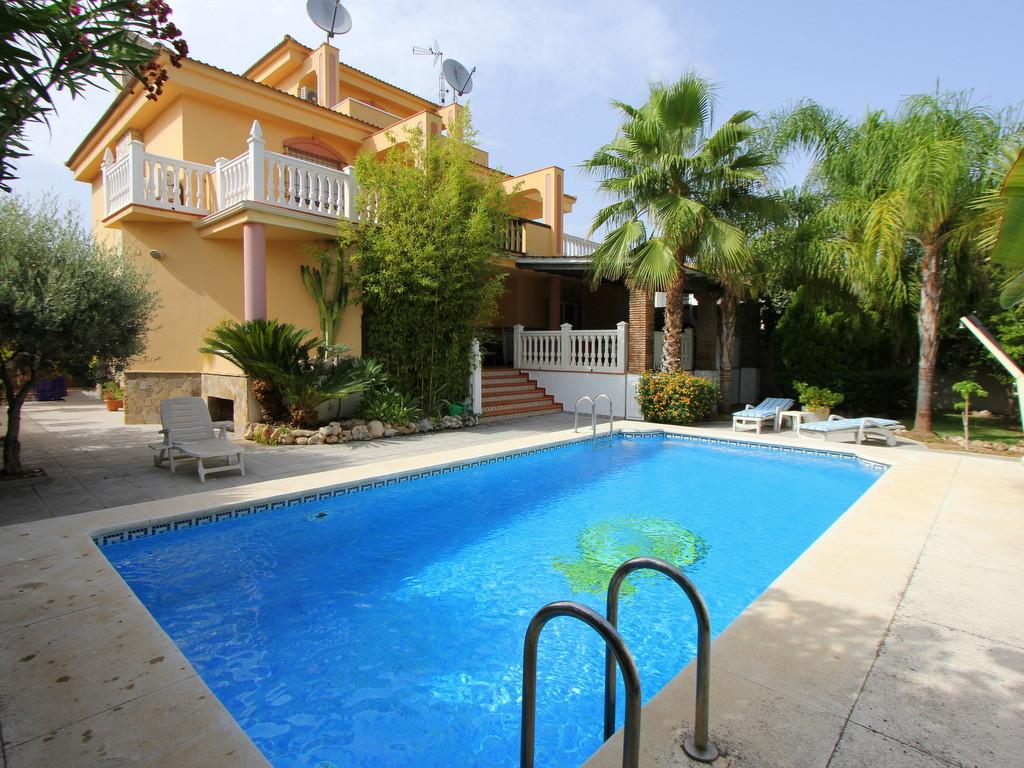 Villa - Playamar