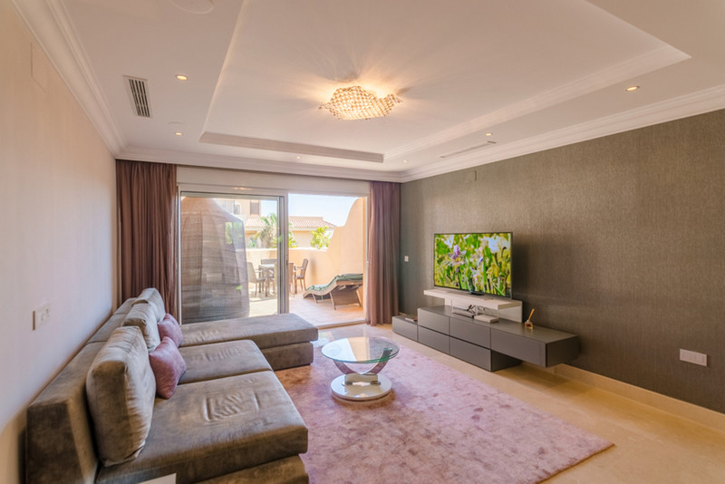Apartments for sale in Nueva Andalucia 21