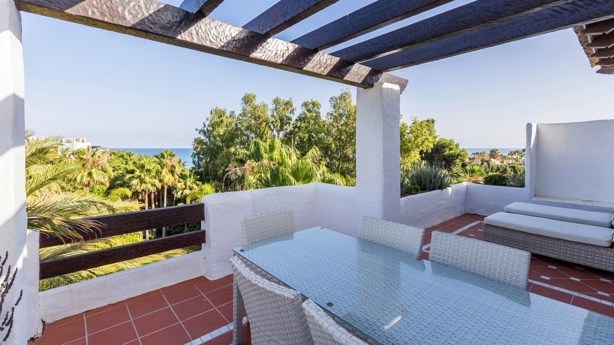 Exclusive, south-west facing duplex penthouse with sea views in one of the most prestigious beachfro,Spain