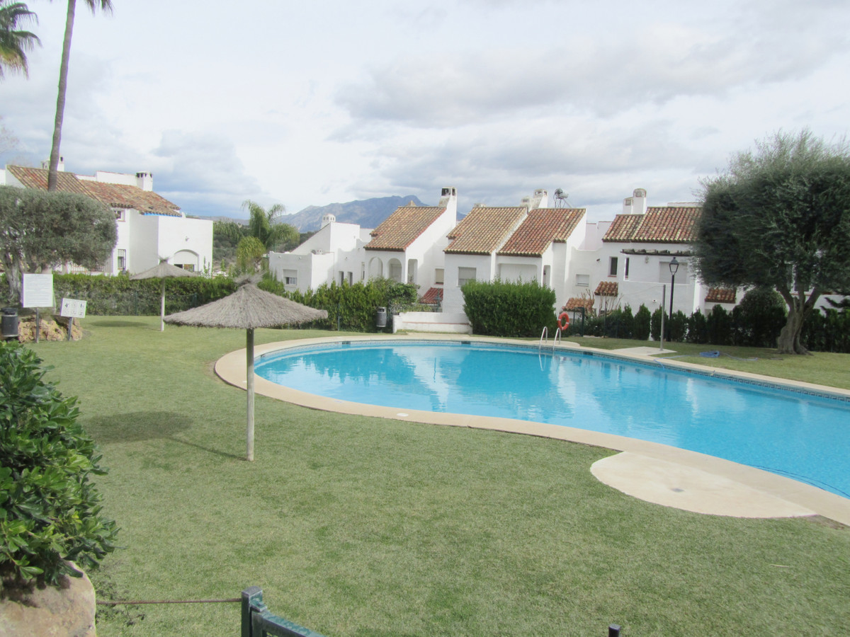 Townhouse located in the Bel Alandalus complex, located in Bel Air, just 5 minutes from San Pedro, a,Spain