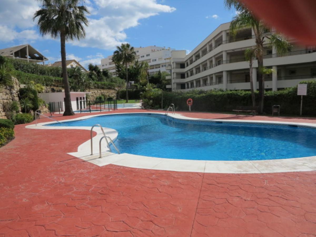 Middle Floor Apartment, Guadalmina Alta, Costa del Sol. 3 Bedrooms, 2 Bathrooms, Built 120 mts sup2;,Spain