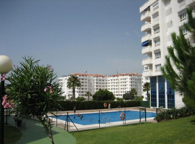 Great three bedroom apartment in gated community with gardens and pool. In addition, includes garage, Spain