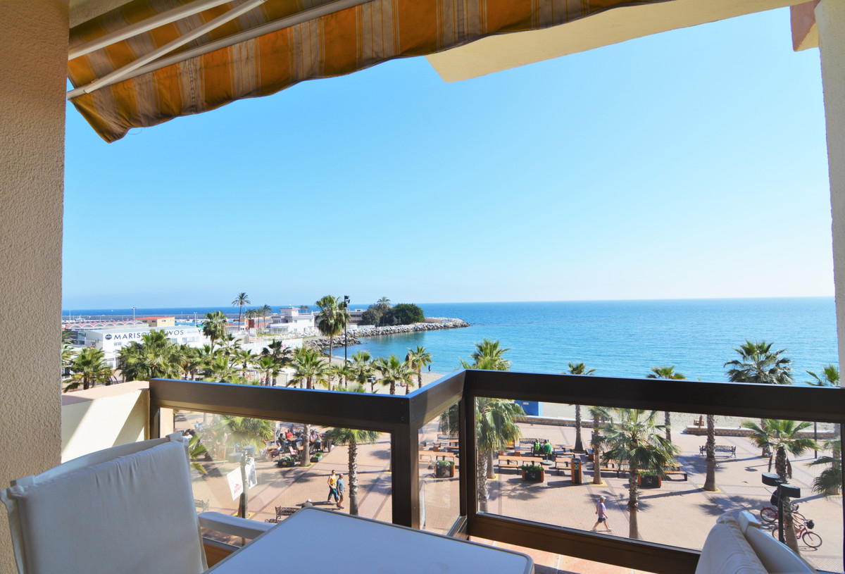 Beautiful apartment on the beachfront with stunning sea views.  The apartment has a large entrance w, Spain