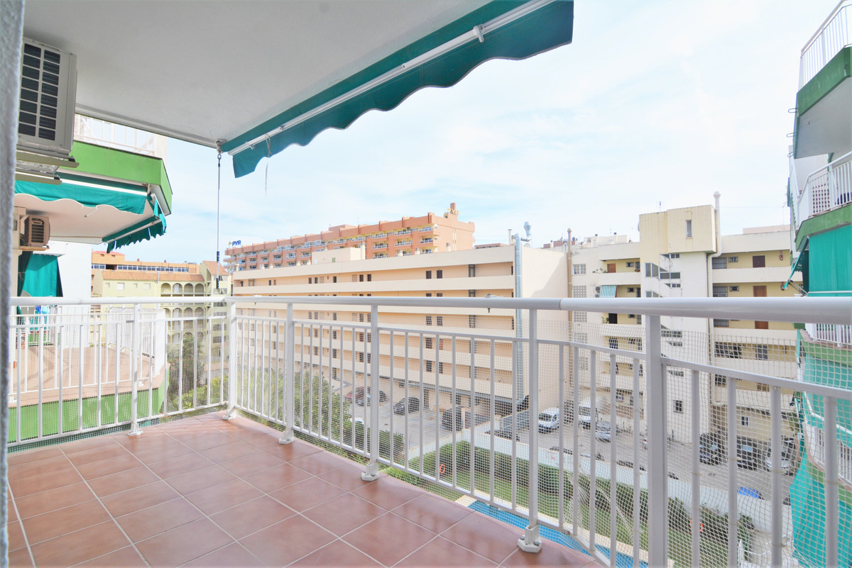 Apartment  Middle Floor 																					for rent 																			 in Fuengirola