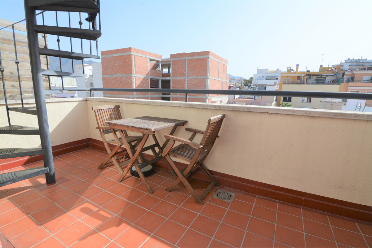 1 bedroom penthouse in Las Lagunas, with a private roof terrace of 20 square meters and a terrace of, Spain