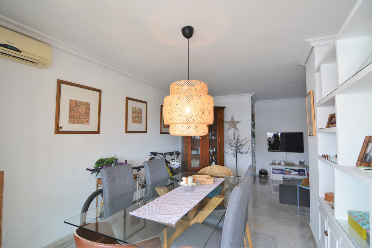 Apartment Middle Floor Fuengirola Málaga Costa del Sol R3651632 5