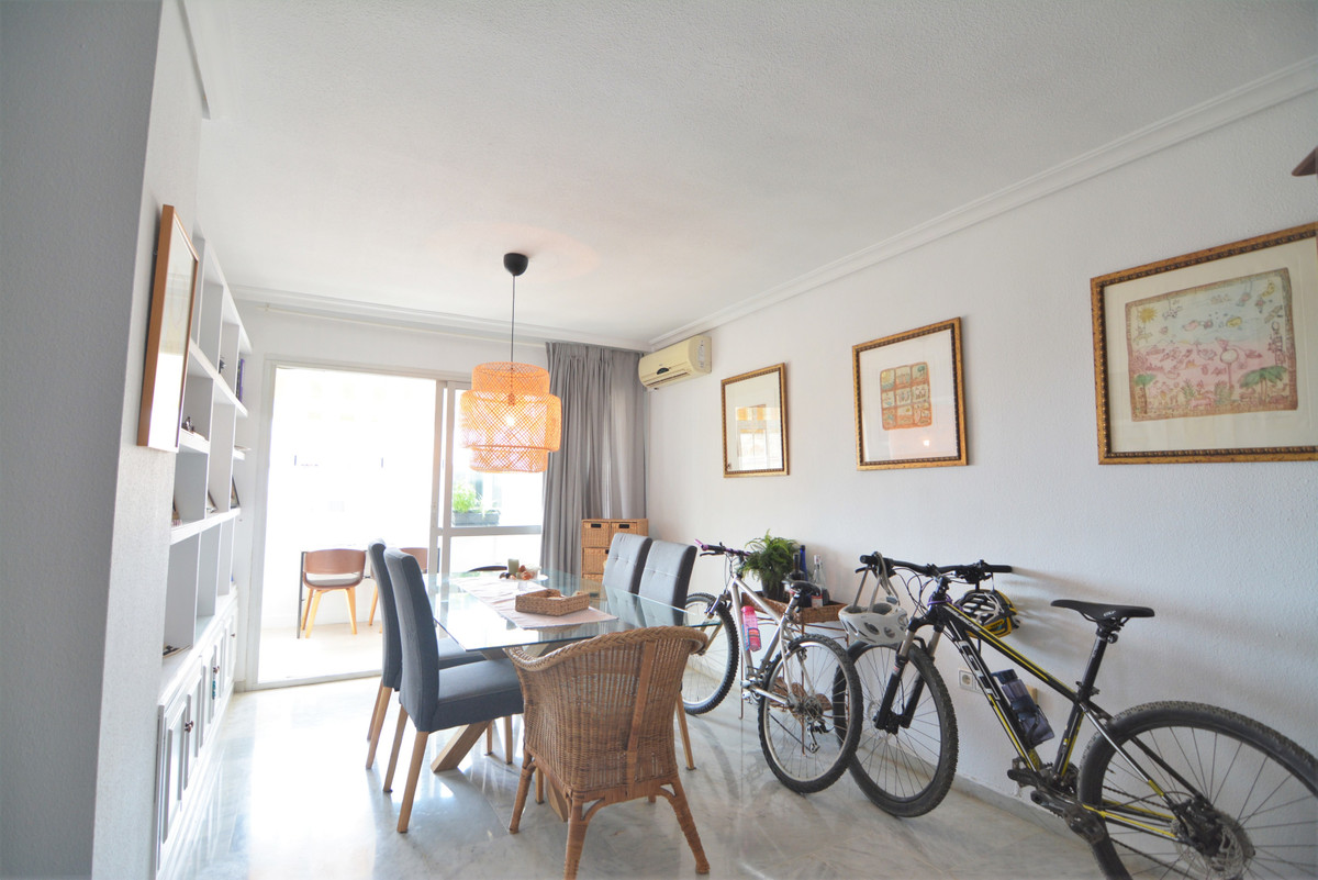 Apartment Middle Floor Fuengirola Málaga Costa del Sol R3651632 6
