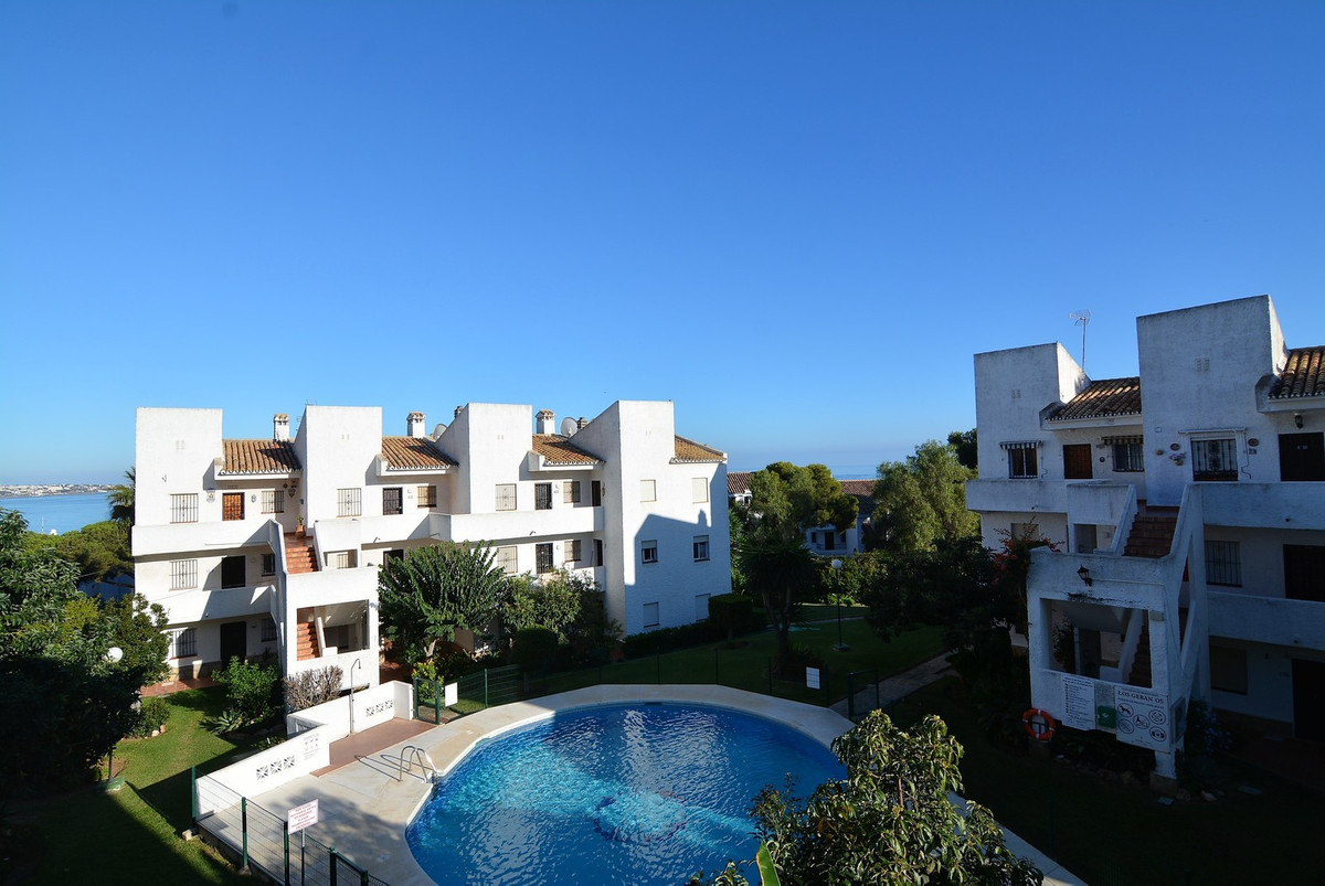For sale beautiful apartment completely renovated 3 years ago. The apartment consists of open space , Spain