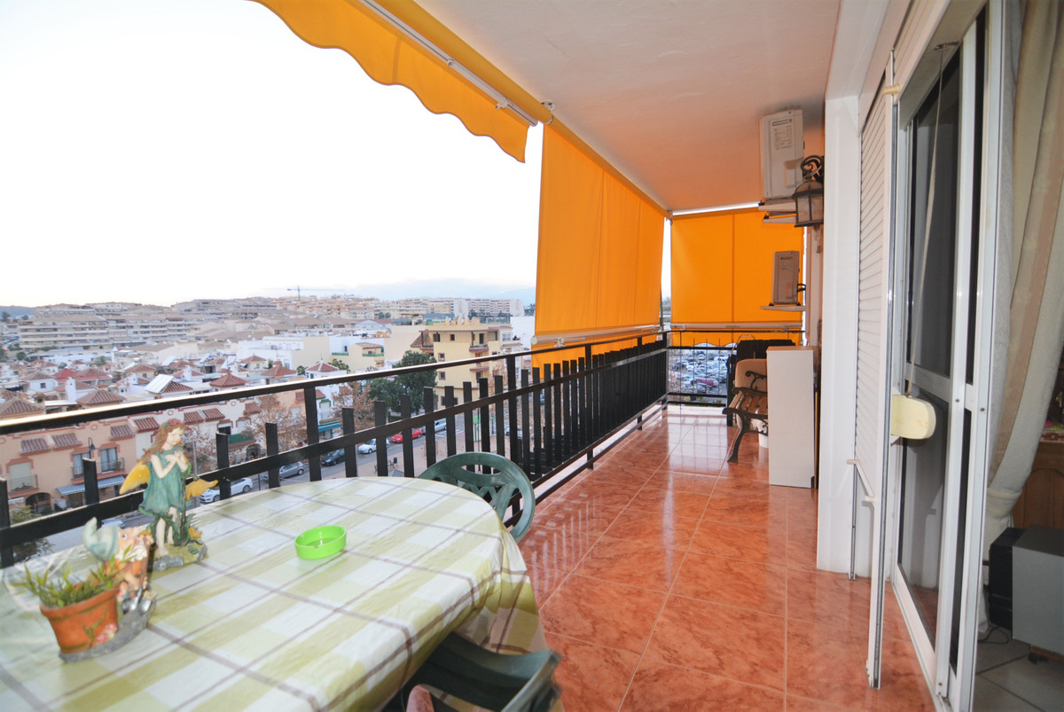 Nice apartment for sale.  The apartment consists of entrance, large living room, kitchen, laundry. B, Spain