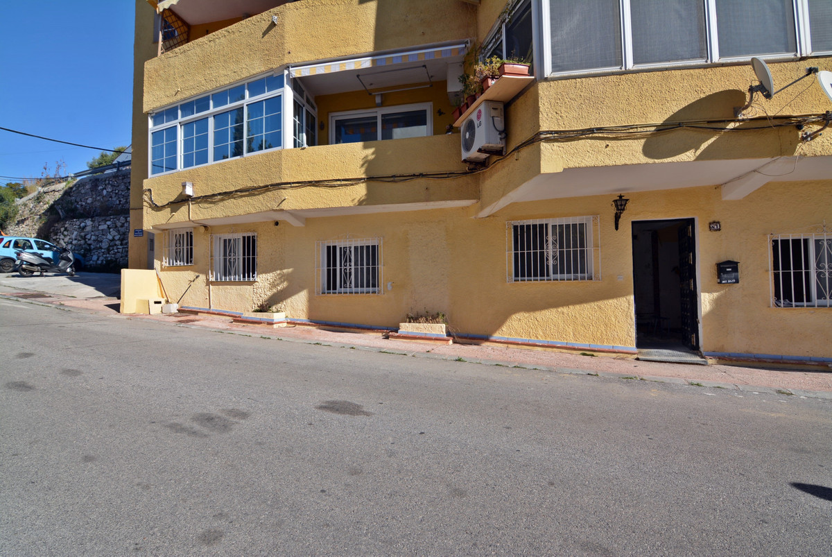 Great opportunity, investment, studio for sale on the ground floor of Torreblanca, near the sea with, Spain
