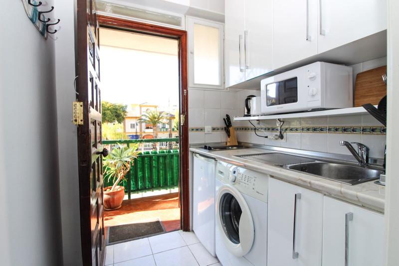 Apartamento Planta Media en venta, Calahonda – R3361567