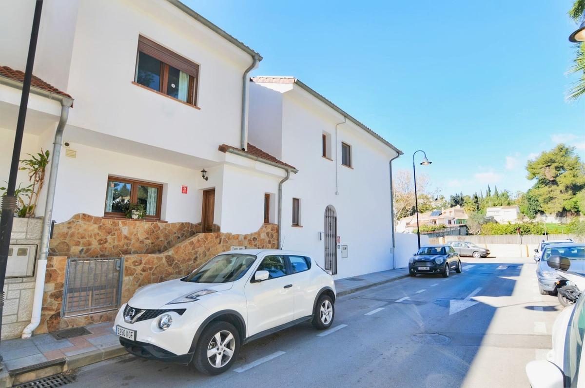 Maison mitoyenne en vente à El Coto R3586717