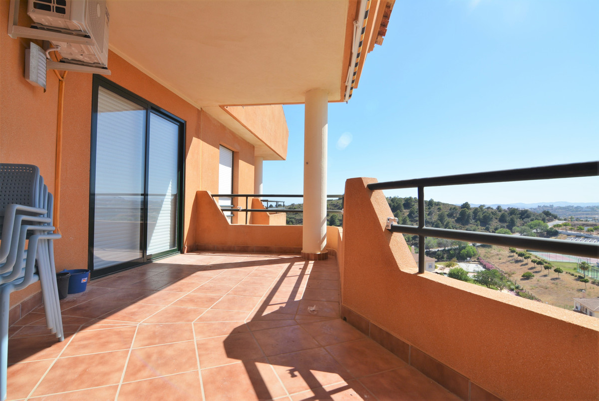 Available for visits !!  Luxury penthouse with stunning views comprising 2 bedrooms, 2 bathrooms on ,Spain