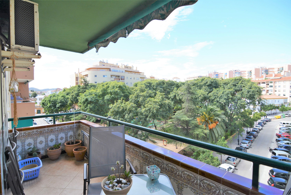 Nice downtown apartment with four bedrooms, one of them converted into a dressing room, A bathroom w, Spain