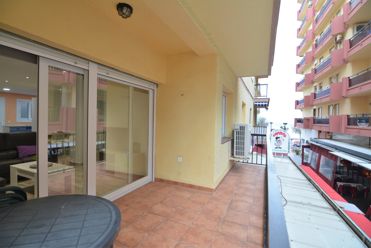Luxurious 3 bedroom apartment in the center of Fuengirola and overlooking the sea.  The apartment ha,Spain