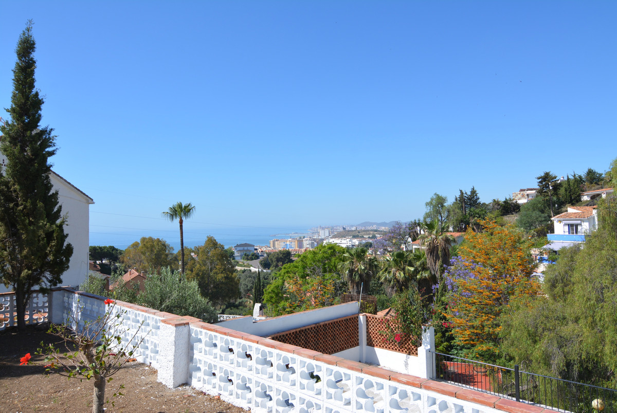 Villa Detached Fuengirola Málaga Costa del Sol R3424471 6